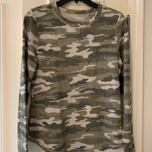 NWT Lucky Brand Camo Thermal -S